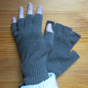 British Jacob lambs wool fingerless gloves