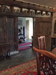 Dining room to hall doorway
